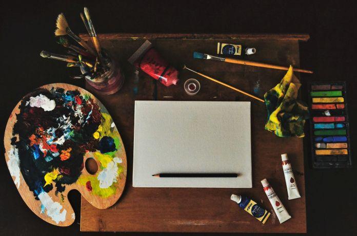 Art supplies 4